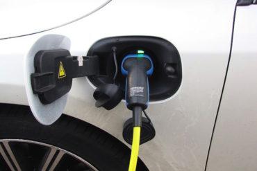 auto elettrica cosa sapere
